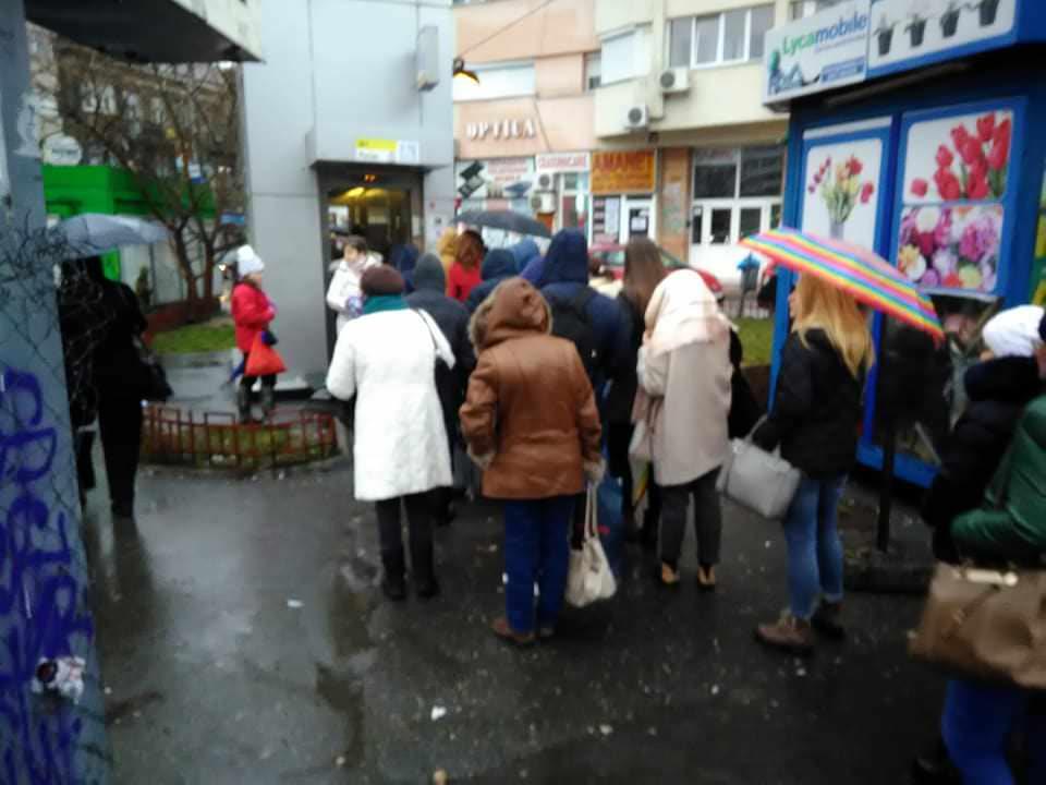 Lenea, prostia si Romania